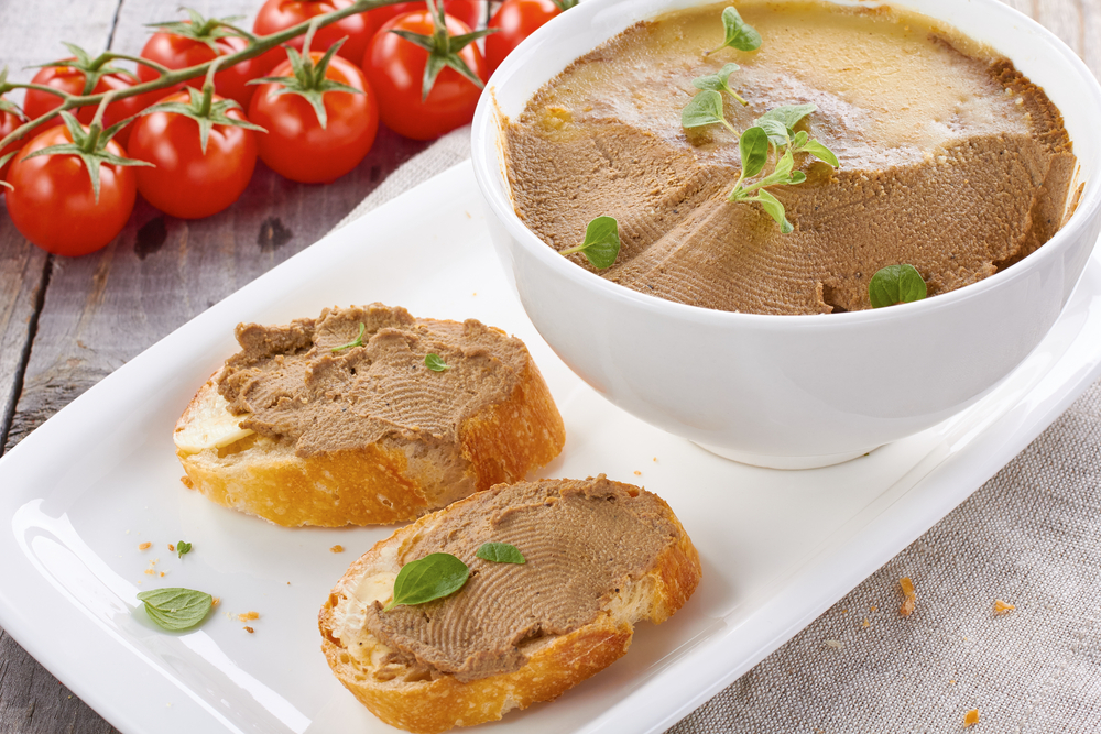 Delicate pate with chicken liver and cheese