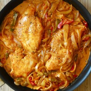 Very appetizing chicken paprikash