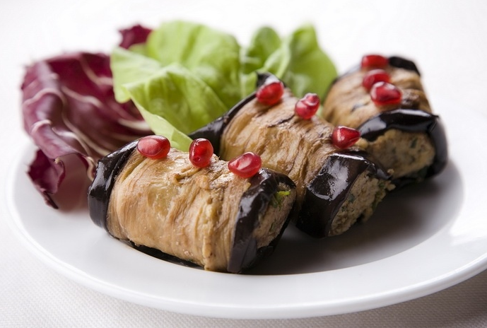 Georgian eggplant rolls with nuts