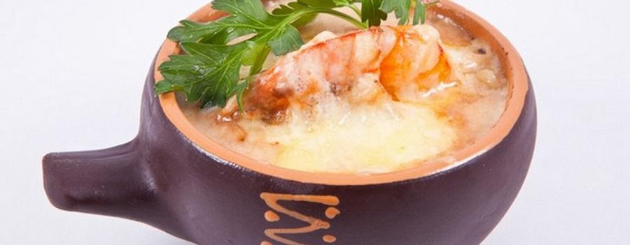 "Original ""Julien"" with shrimps in white wine"