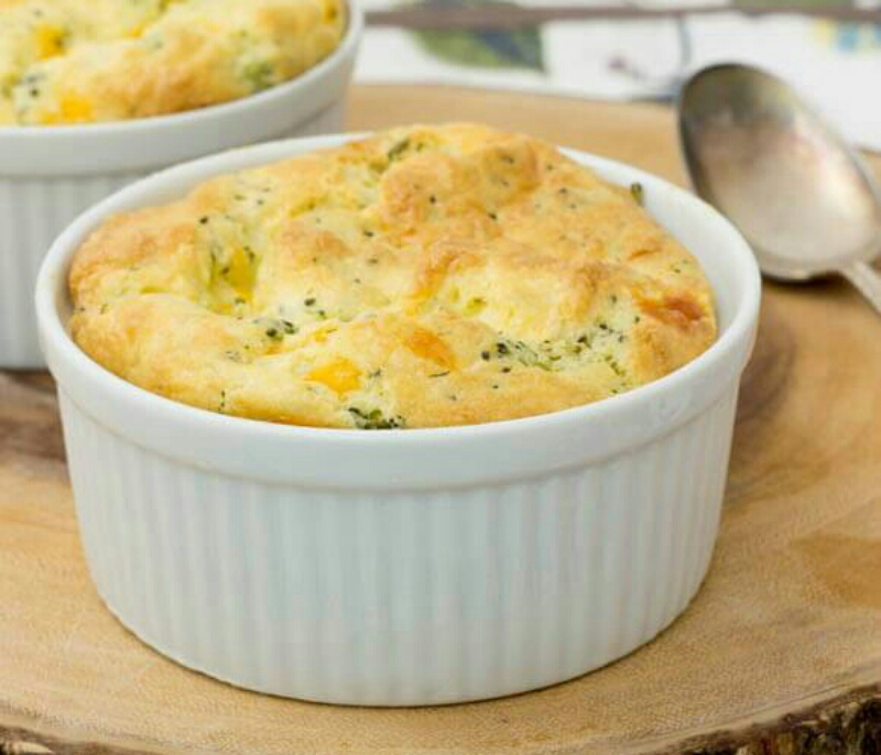 Original soufflé with broccoli and parmesan cheese