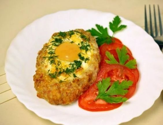 Delicious schnitzel with egg