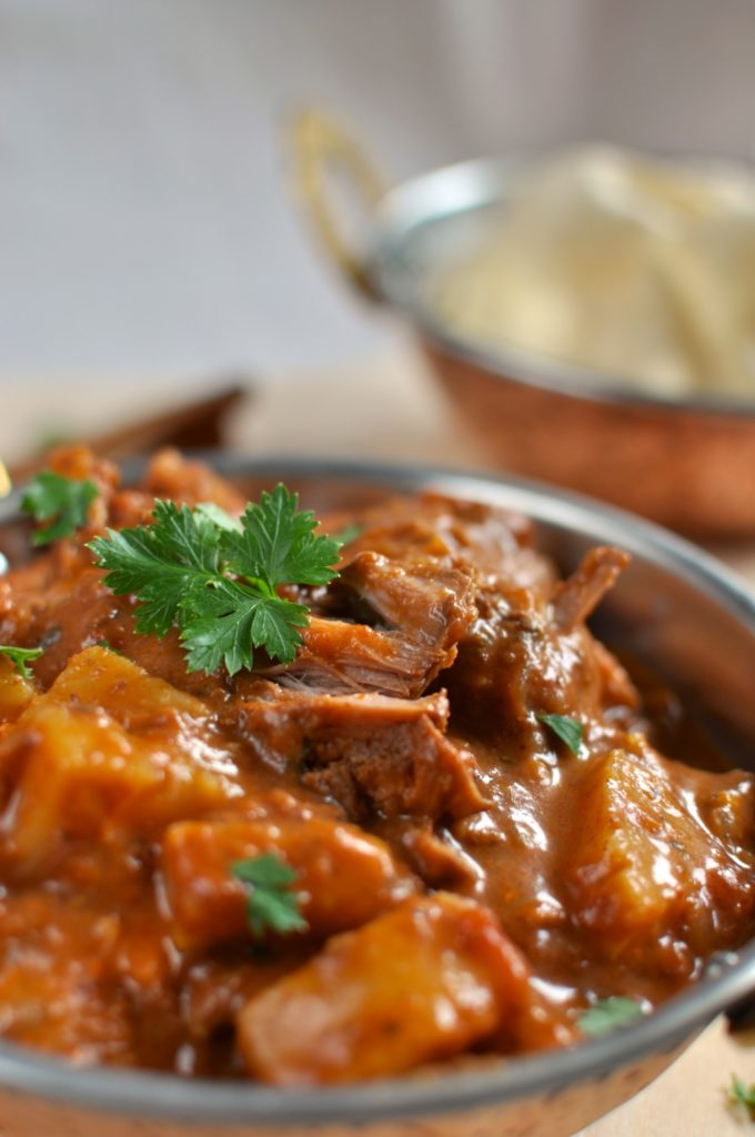 Beef curry with pumpkin and tomatoes