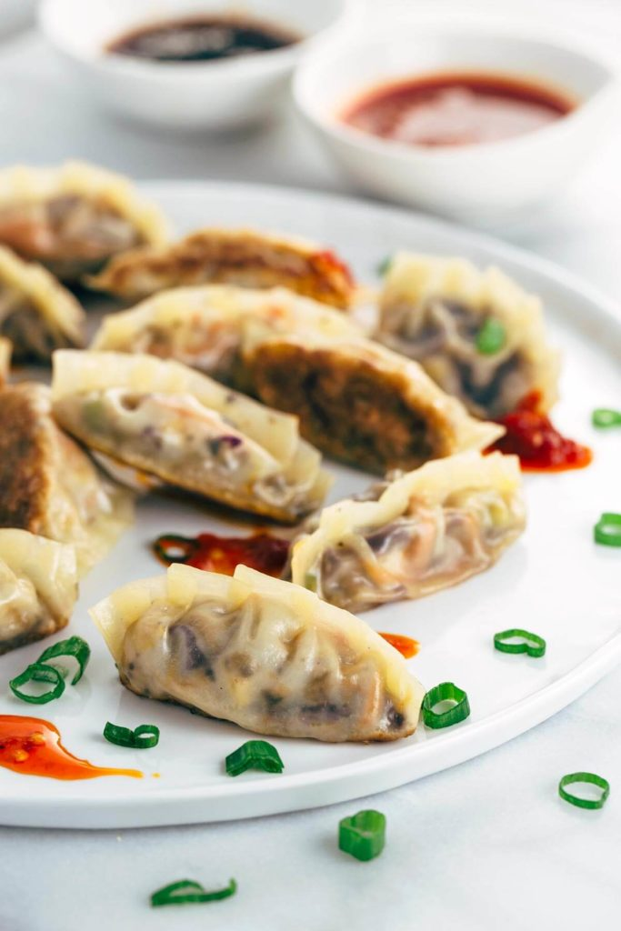 Chinese wontons with vegetables