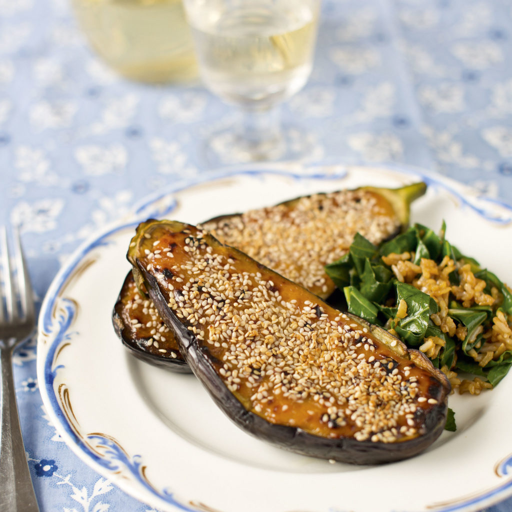 Eggplants with sesame seeds