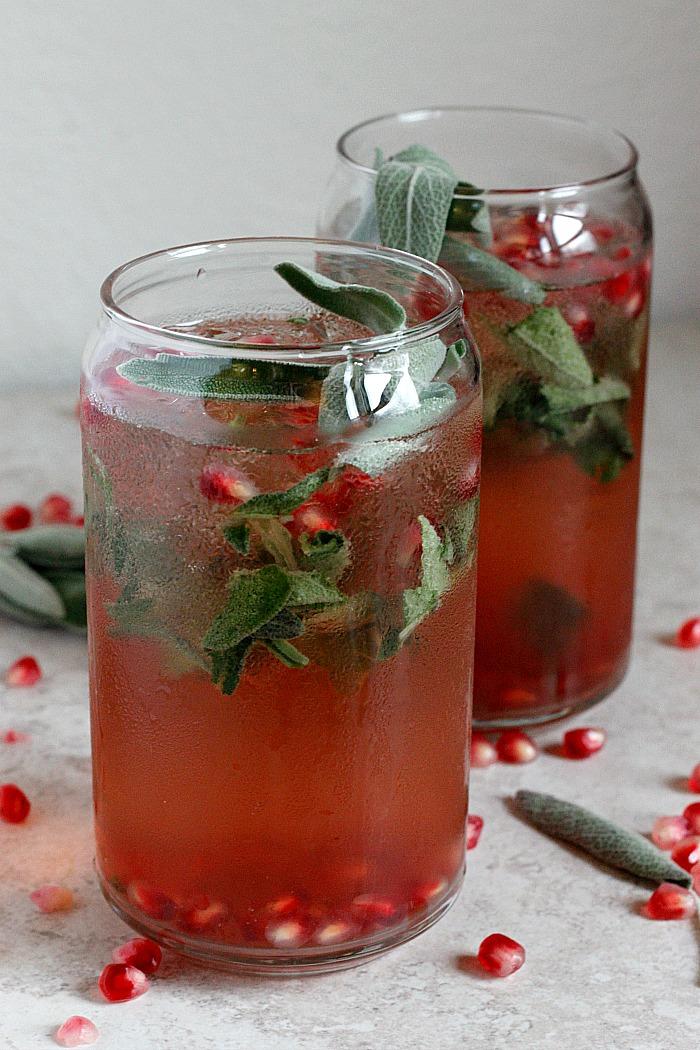 Refreshing Ginger Pomegranate Smash