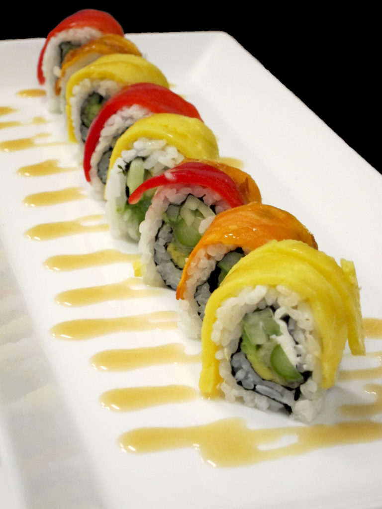 Roll with salmon and pepper jam