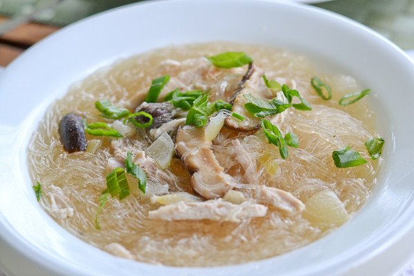Sotangon noodles with chicken