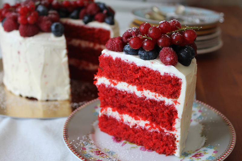 "The most delicious cake ""Red velvet"""