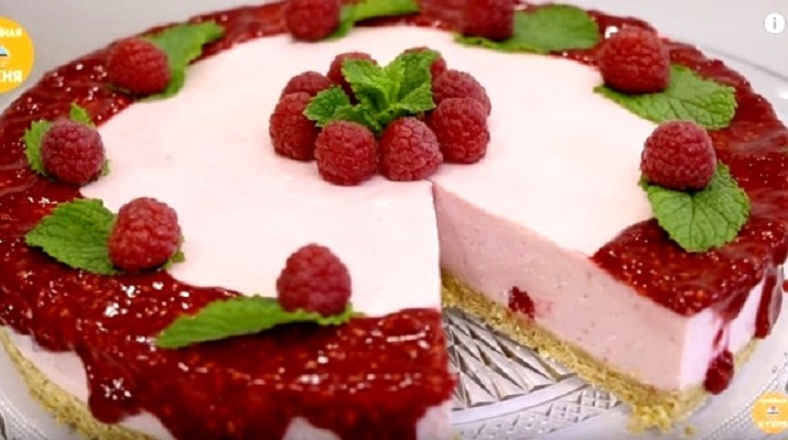 A wonderful raspberry cheesecake without baking