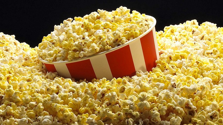 Homemade sweet popcorn