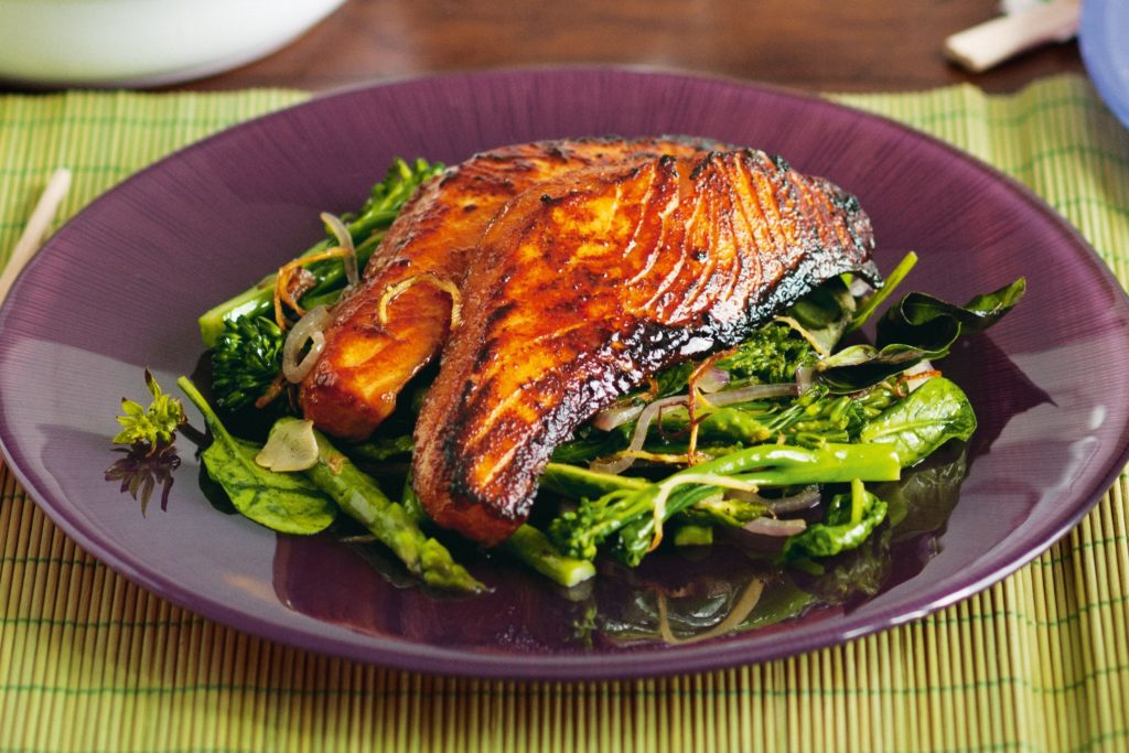 Salmon marinated in five spices