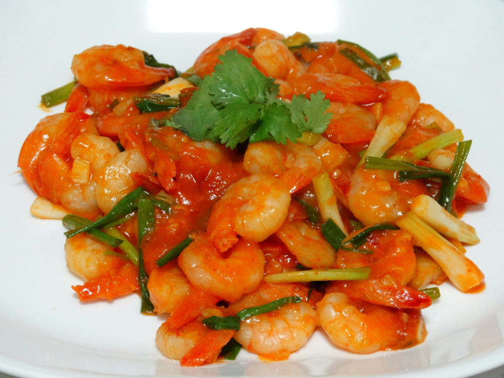 Sweet and sour shrimps with noodles