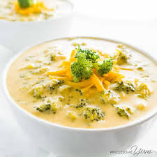 Cheese soup with dried crusts and ham