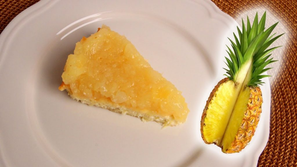 A stunning pie with pineapples!