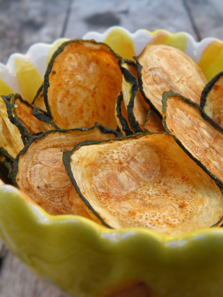 Vegetable chips from zucchini