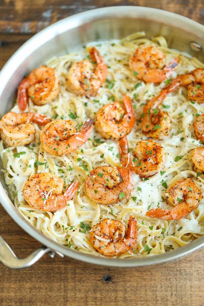 Creamy Parmesan Garlic Shrimp Pasta
