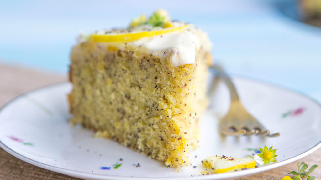 Lemon-poppy cake according to an old recipe