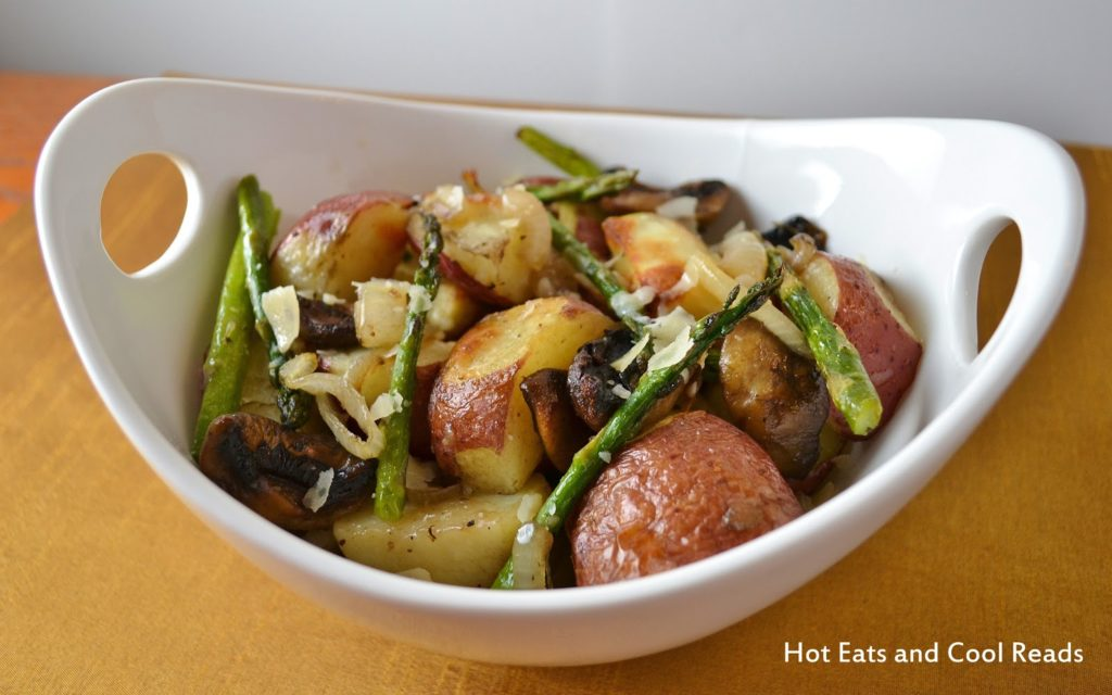 Young potatoes with mushrooms