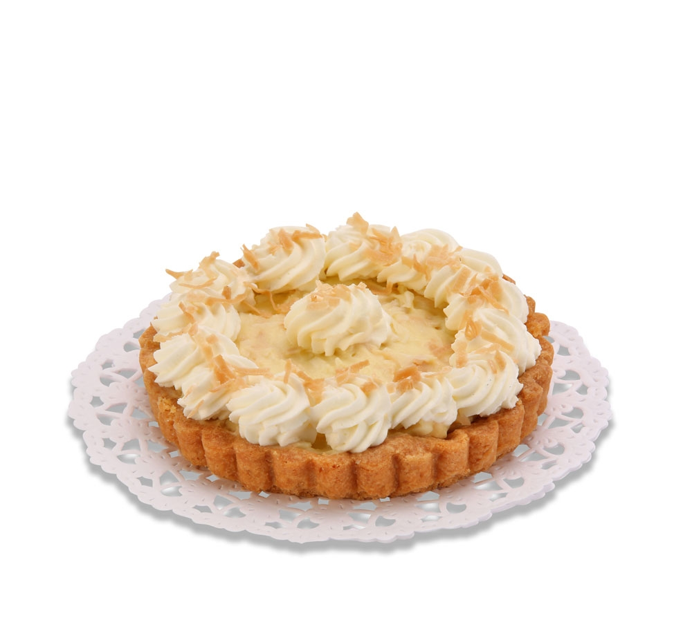 Cake-baskets with coconut-banana cream