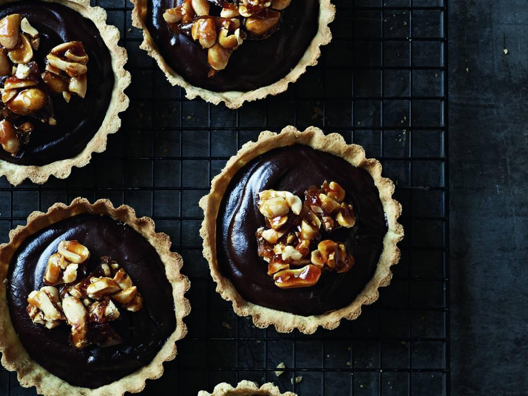 Indulgent Mini Chocolate Tarts with Peanut Brittle
