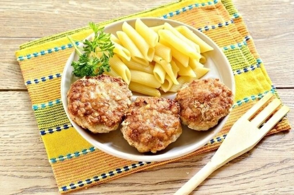 Delicious cereal cutlets according to an old recipe
