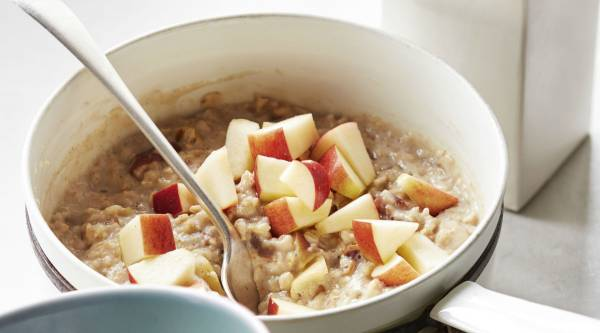 Apple Pie Spiced Porridge