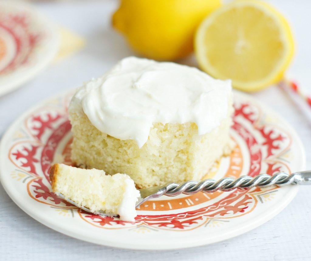 """Sour cream cake """"Sunny"""""""