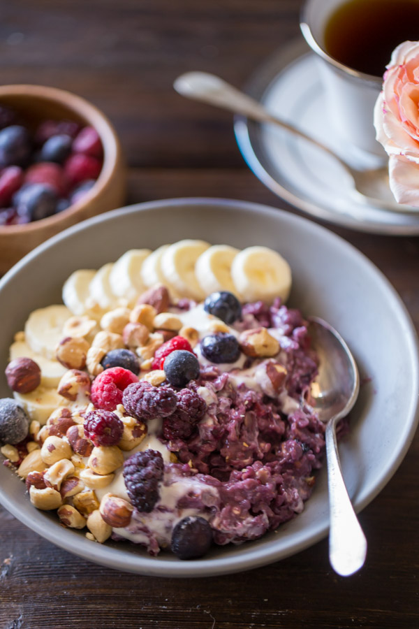 Frozen Berry Breakfast Bowl