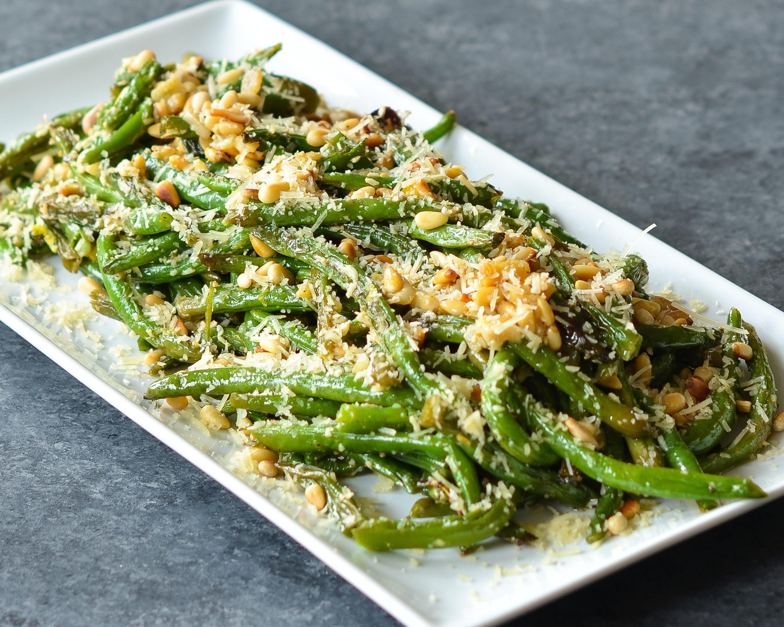 Sheet Pan Garlic Parmesan Green Beans