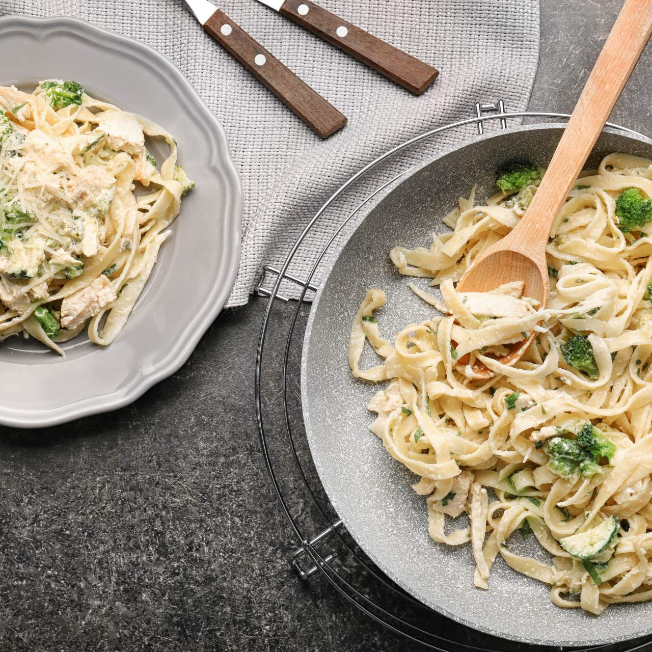 Creamy Chicken and Broccoli Pumpkin Alfredo
